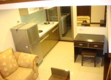台北買屋,中山買房子,套房出售,一樓廚房+冰箱+書桌組