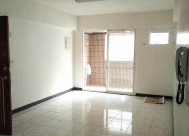 新竹買屋,東區買房子,住宅出售,明亮客廳
